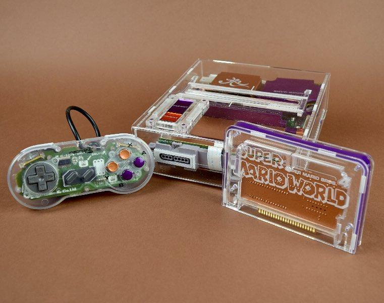 Mit einem transparenten Modul. Cool! (Foto: Rose Colored Gaming)