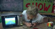 Play-O-Wave: Spielkonsole aus alter Mikrowelle gebaut