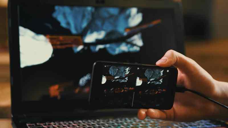 VRidge 2.0 simuliert sozusagen Profi-VR-Equipment. (Foto: Riftcat)