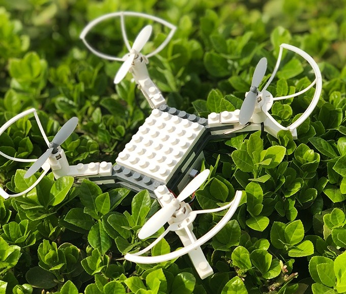 Mit LEGO wohl kompatibel. (Foto: Modularized Drone)