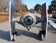 Star Wars: Dieser Tie Fighter rollt über die Straße