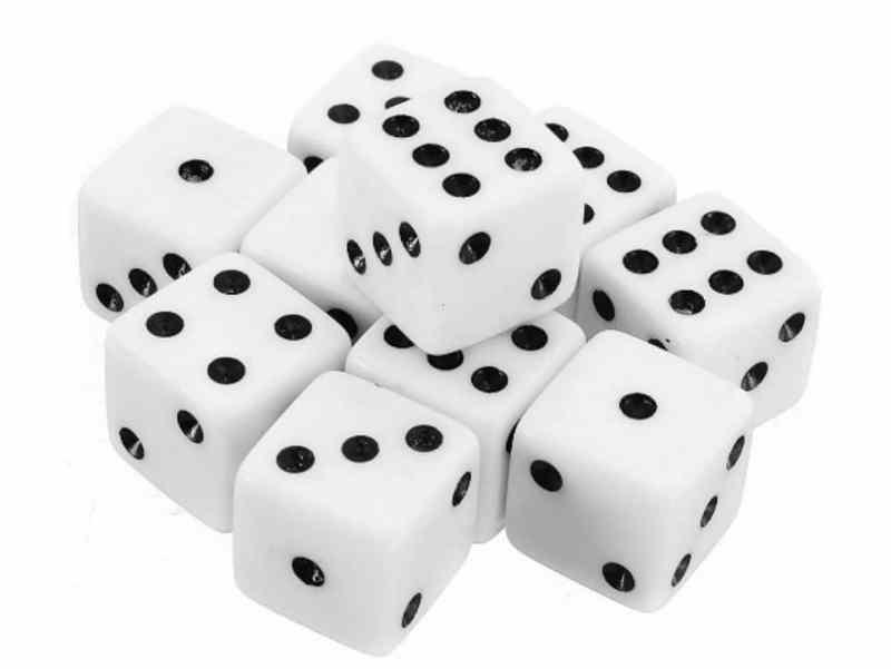 Würfel sind auch ein beliebtes Motiv für die nächste Casino-Party. (Foto: Amazon)