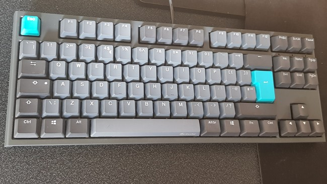 Ducky One 2 Review Full Keyboard
