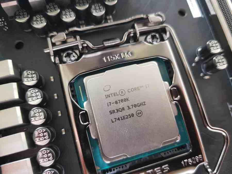 i5 8600k vs i7 8700k