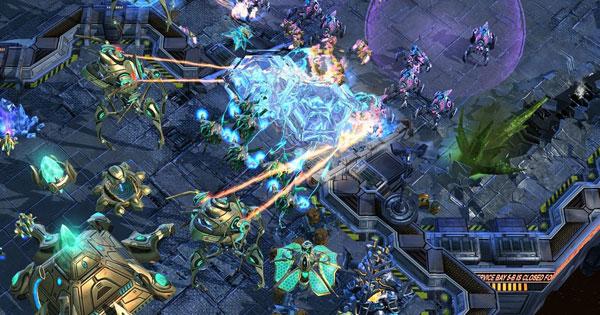 Starcraft 2, Doom 4 e Próxima Xbox
