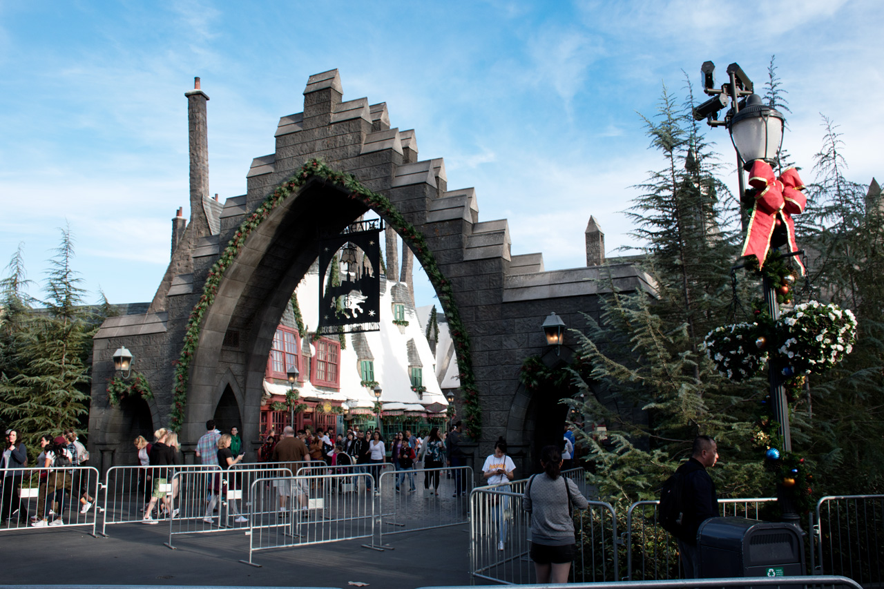 Universal Studios Hours