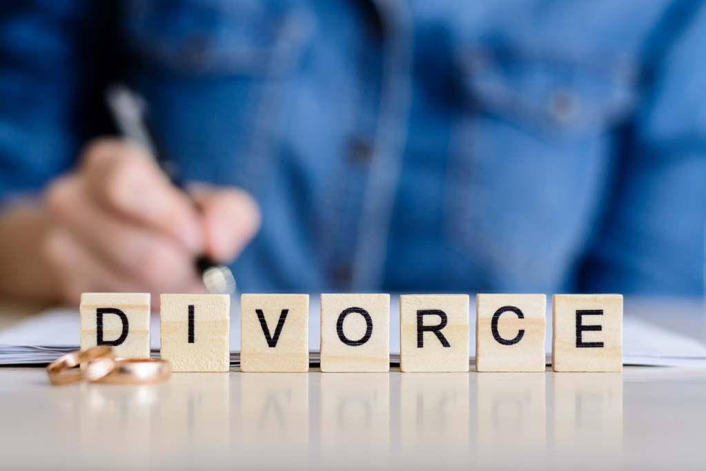 Why Litigating During Divorce is Almost Always a Bad Idea - Carlos Gamino