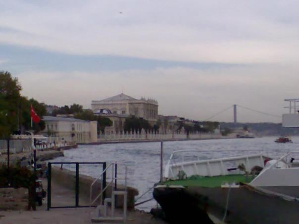 Palacio de Dolmabahce .