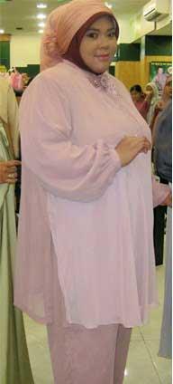 contoh model baju muslimah potongan untuk wanita gemuk