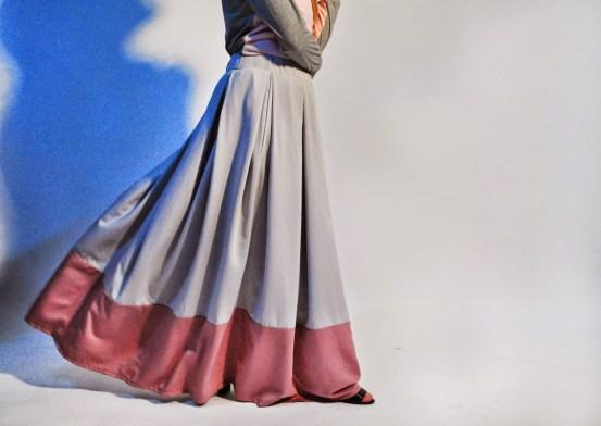 Contoh baju gamis dengan bahan balotelli