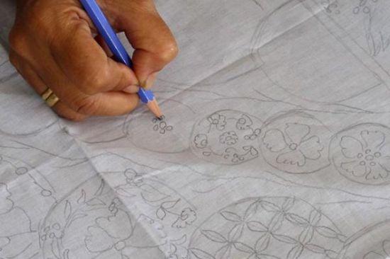 contoh menggambar pola batik