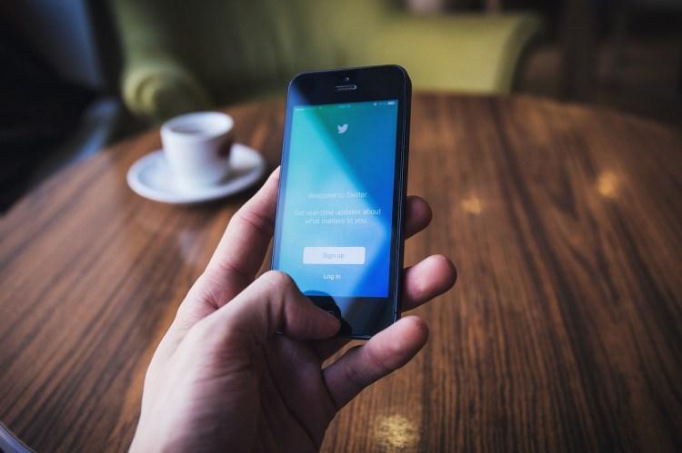 Ganar dinero fácil con Twitter