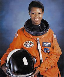 220px-Dr._Mae_C._Jemison,_First_African-American_Woman_in_Space_-_GPN-2004-00020