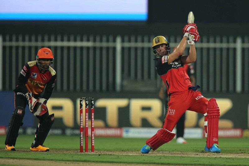 आईपीएलमा हैदराबादले बेङ्ग्लोरलाई ५ विकेटले हरायो