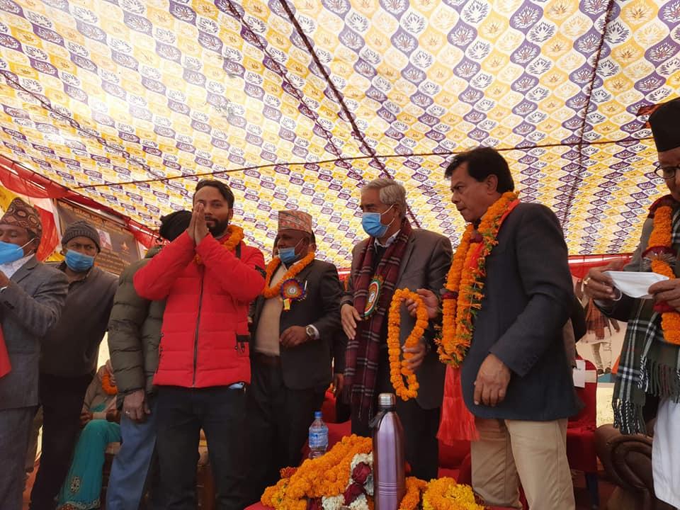नेकपा विभाजन भएसँगै नेकपाका ५२ कार्यकर्ता नेपाली काँग्रेसमा प्रवेश (भिडियो सहित हेर्नुहोस्)
