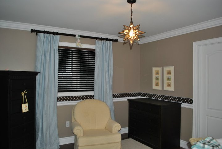 Benjamin Moore Smoky Taupe  Notes from Home