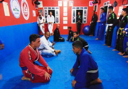35 PTN: CT Jorge Monge recepciona equipe de Gandu em treino interativo de Jiu Jitsu
