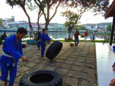 4_8 Academia de Artes Marciais em Gandu promove treinamento funcional