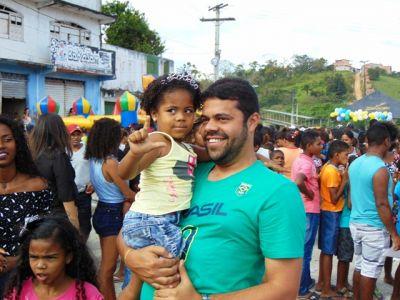 DSC08740 Gandu: Prefeito Léo foi recebido com alegria durante as comemorações ao Dia da Criança