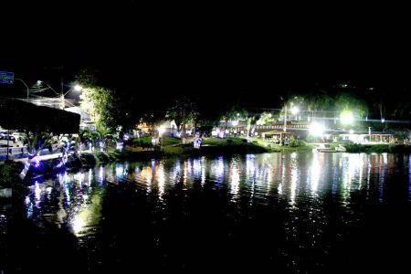 IMG-20171213-WA0024 Gandu: Prefeitura realiza ornamentação de natal no Lago Azul, cartão postal da cidade.