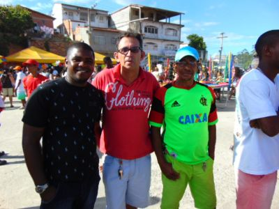 JOAO_DA_MATA Gandu: Prefeito Léo foi recebido com alegria durante as comemorações ao Dia da Criança