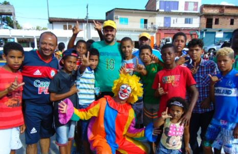 Palha_o Gandu: Prefeito Léo foi recebido com alegria durante as comemorações ao Dia da Criança