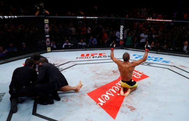 Edson-Barboza-tira-joelhada-da-cartola-e-nocauteia-Beneil-Dariush-no-UFC-e1489298805878 Edson Barboza tira joelhada da cartola e nocauteia Beneil Dariush no UFC