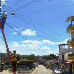 Prefeitura de Gandu realiza melhorias na iluminação pública