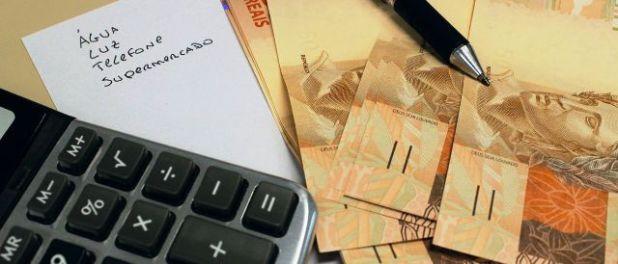 Bancos-s%C3%A3o-respons%C3%A1veis-por-metade-de-d%C3%ADvidas-dos-brasileiros-diz-SPC Bancos prometem abater até 90% de dívida em negociação