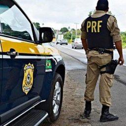Equipes da PRF reforçam o policiamento nas rodovias federais neste Finados