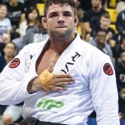 """Recordista no jiu-jítsu, Buchecha adia ida ao MMA: """"Tem que pensar bem"""""""
