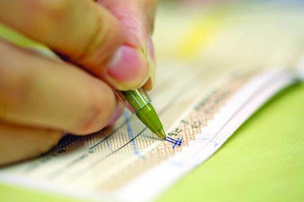 Cheque-sem-fundos Maioria dos usuários do cheque especial é de baixa renda