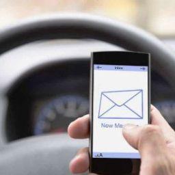 Novo software da Apple ajuda motorista a conduzir com mais segurança