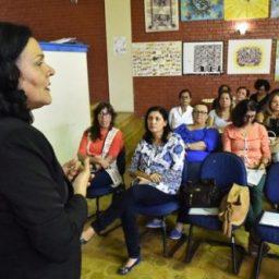 Secretaria da Educação promove encontro de bibliotecários