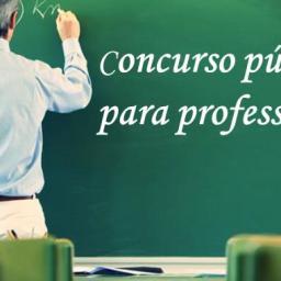 Concurso para professor propõe salário entre R$ 2.408,08 e R$ 9.570,41