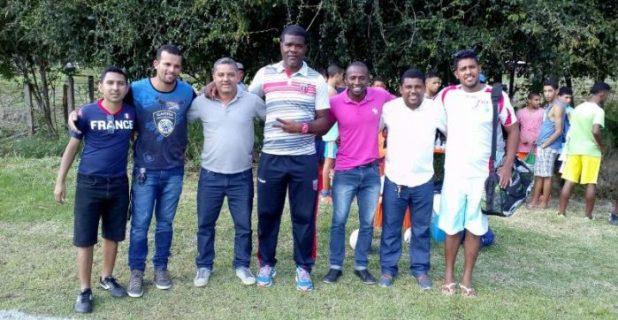 """Assessoria da Juventude de Gandu promove """"peneira de futebol"""" para adolescentes em busca de novos talentos."""