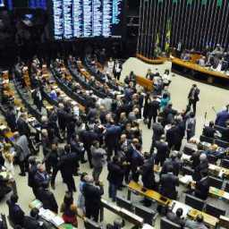 Impasse permanece e votação da reforma política é adiada de novo