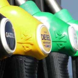 Posto de Combustível que não repassar desconto será multado, diz Padilha