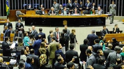 CPI na Câmara vai investigar origem das manchas de óleo no Nordeste