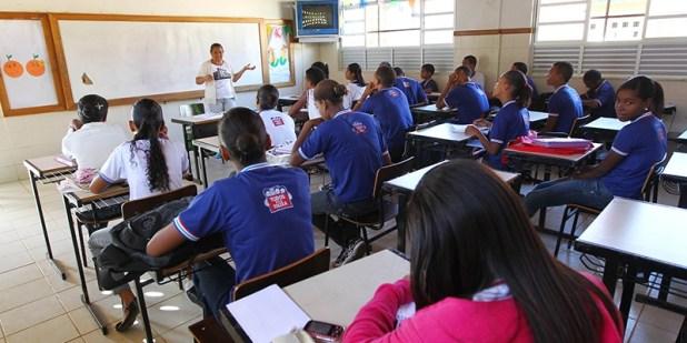 professores-rede-estadual-bahia BA: Governo promove mais de 22 mil professores da carreira do magistério público estadual