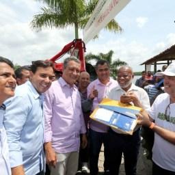 Rui Costa entrega investimentos em agricultura e infraestrutura em Jaguaripe