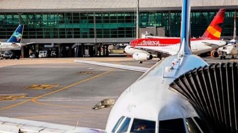 Aeroporto de Brasília pode ficar sem reserva de combustível até o fim da tarde