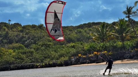 Itacaré entre os principais picos do Brasil para prática de esportes aquáticos