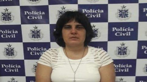 Mulher que exercia ilegalmente profissão de psicóloga é presa em Amargosa
