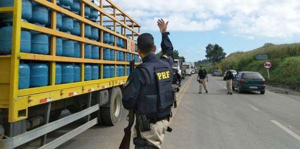 Protestos dos caminhoneiros são encerrados em seis cidades na Bahia