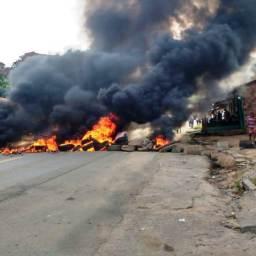 Teolândia: Manifestantes intertidam a BR101 e vários trechos das rodovias baianas