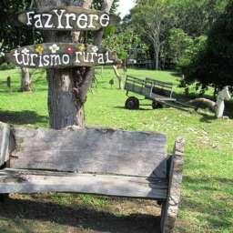 Fazenda na Bahia produz cacau, chocolate e oferece turismo rural para visitantes