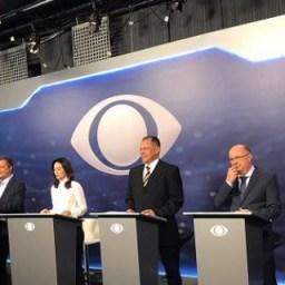 Debate entre candidatos ao governo surpreende, apesar de horário e duração