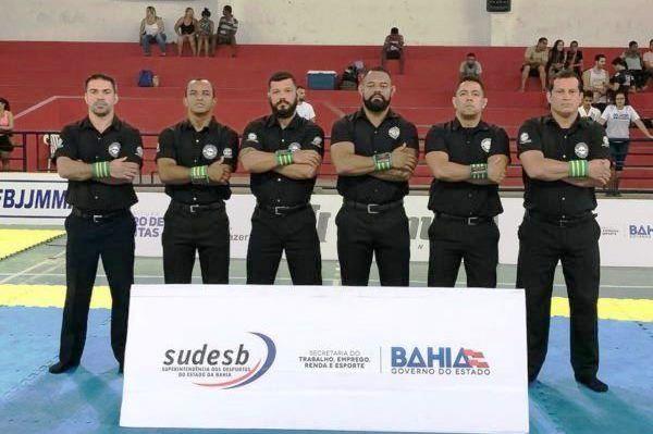 Equipe-de-arbitragem-recebe-elogios-pela-condu%C3%A7%C3%A3o-dos-trabalhos-no-Campeonato-Baiano-de-Jiu-Jitsu 11ª Etapa do Campeonato Baiano de Jiu Jitsu – 09/12 em Lauro de Freitas