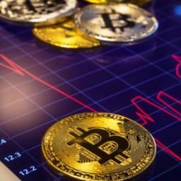 Preço do Bitcoin termina novembro com pior queda mensal em 7 anos
